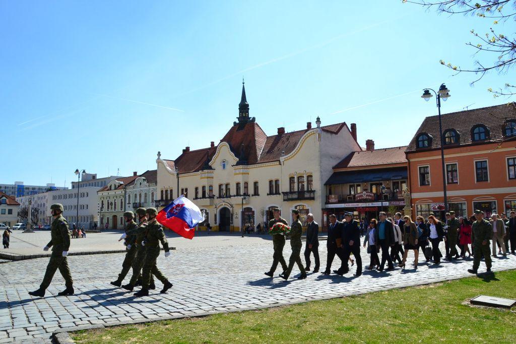 44aeaf393 Oslavy 72. výročia oslobodenie mesta Topoľčany (Fo