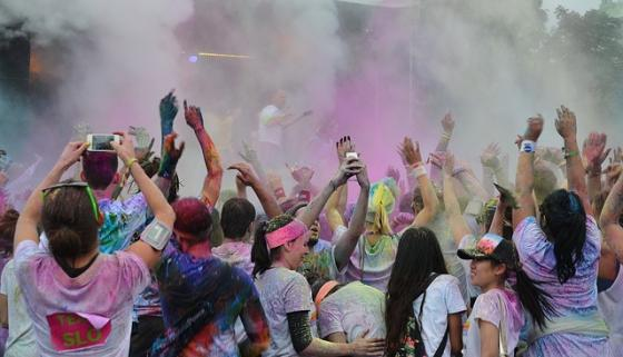 color-run-festivals-438124_640.jpg